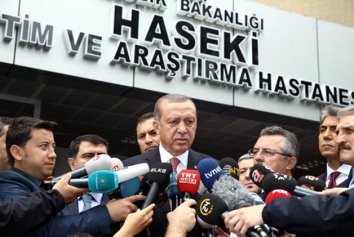 62971-INNERRESIZED600-700-Erdogan-june2016