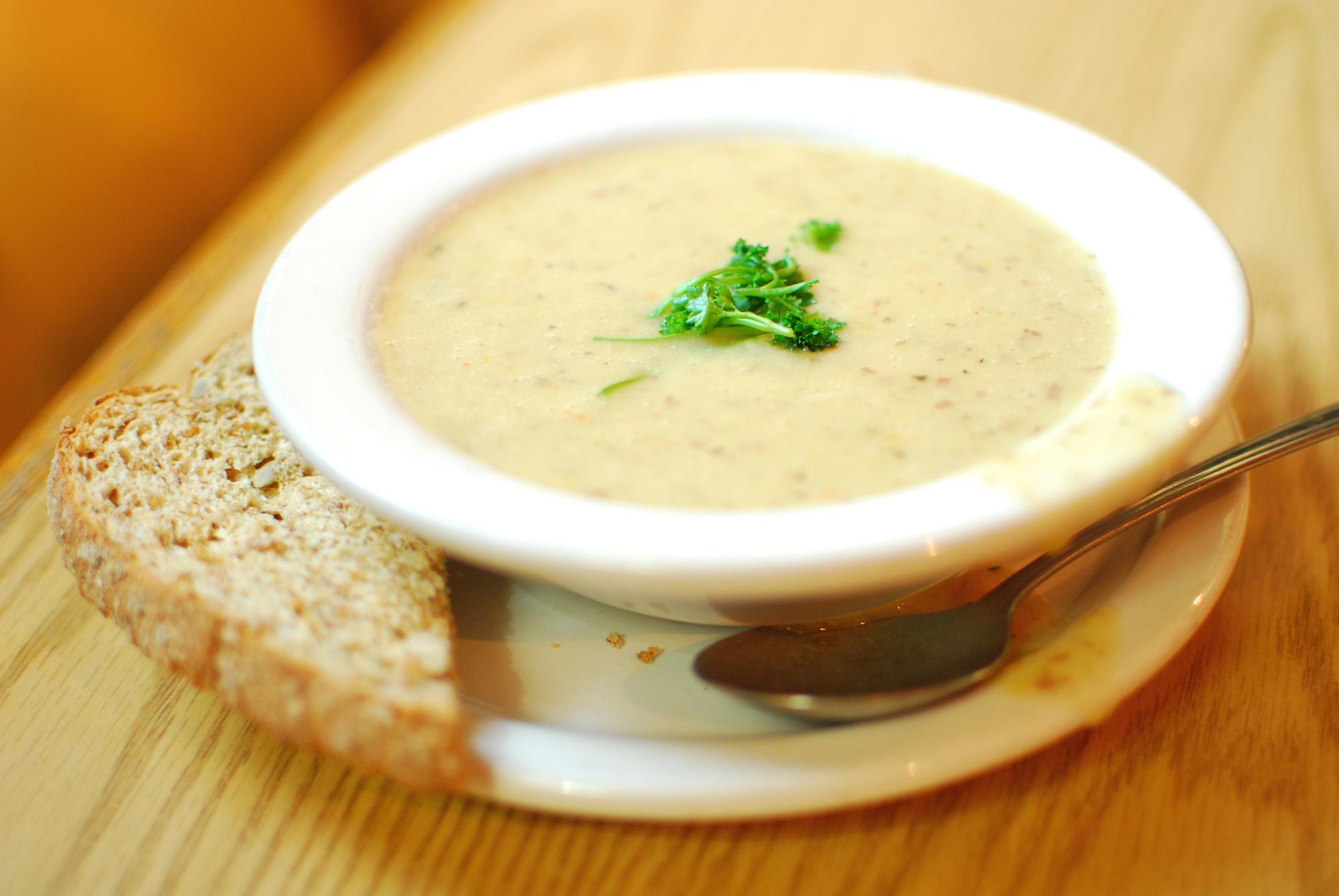 Рецепт чесночного супа гренками