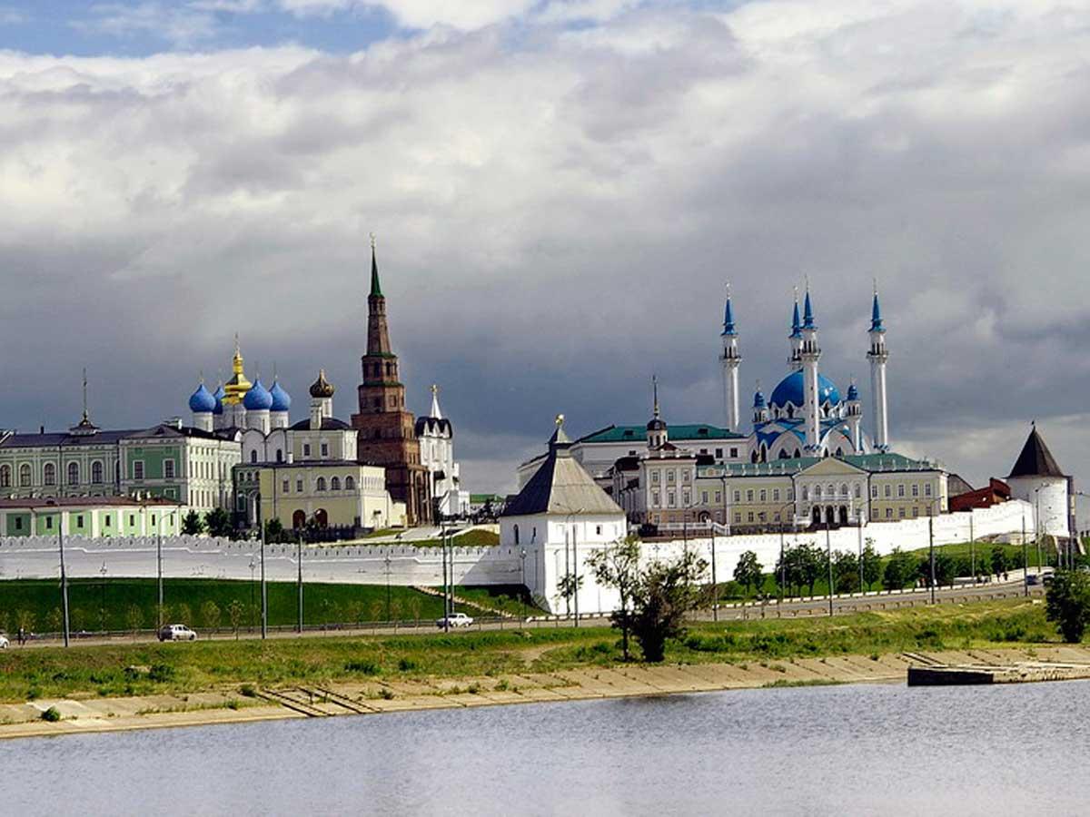 http://russia-now.com/wp-content/uploads/2016/08/kazan_b.jpg