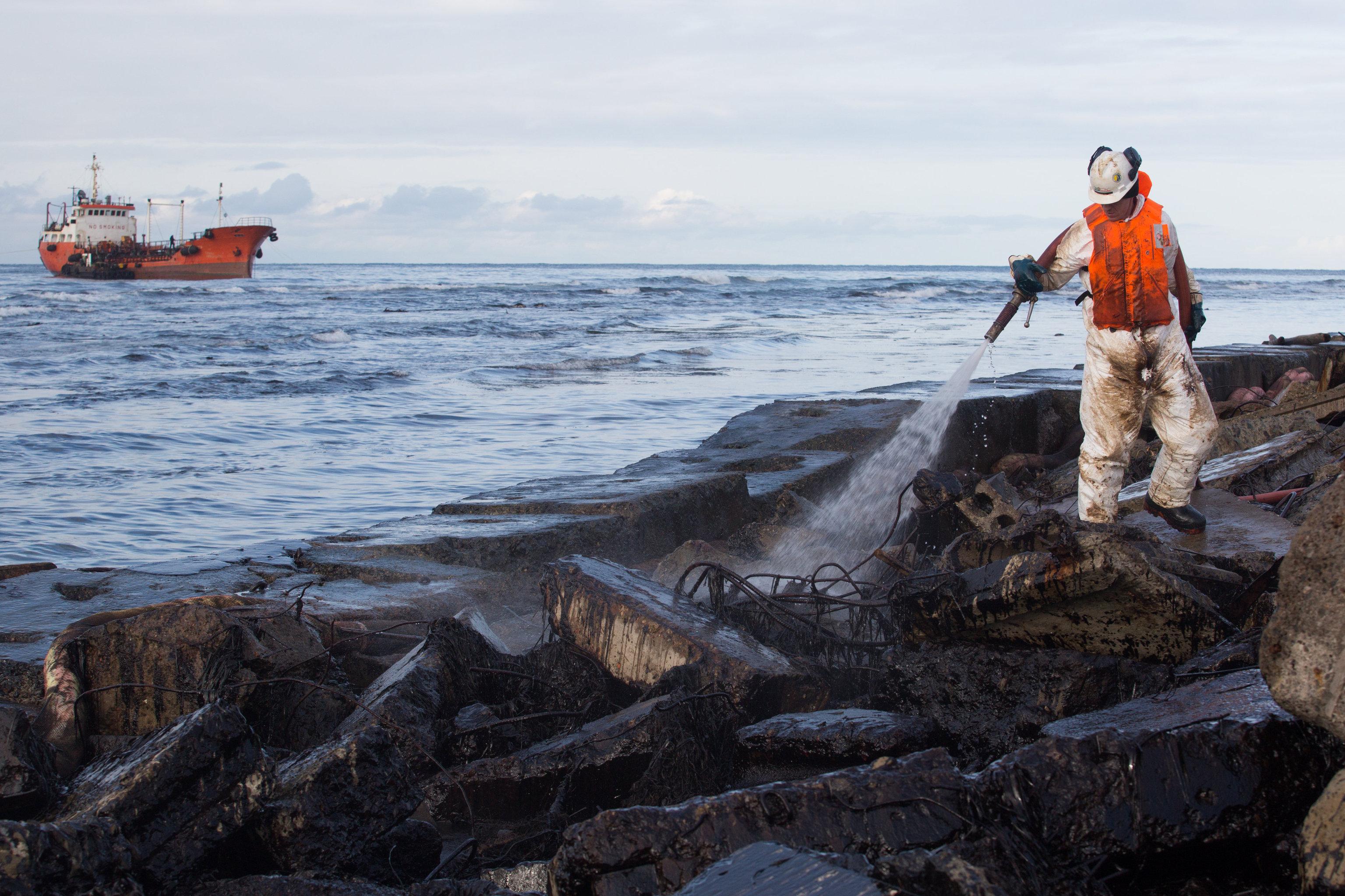 сахалин работа на море
