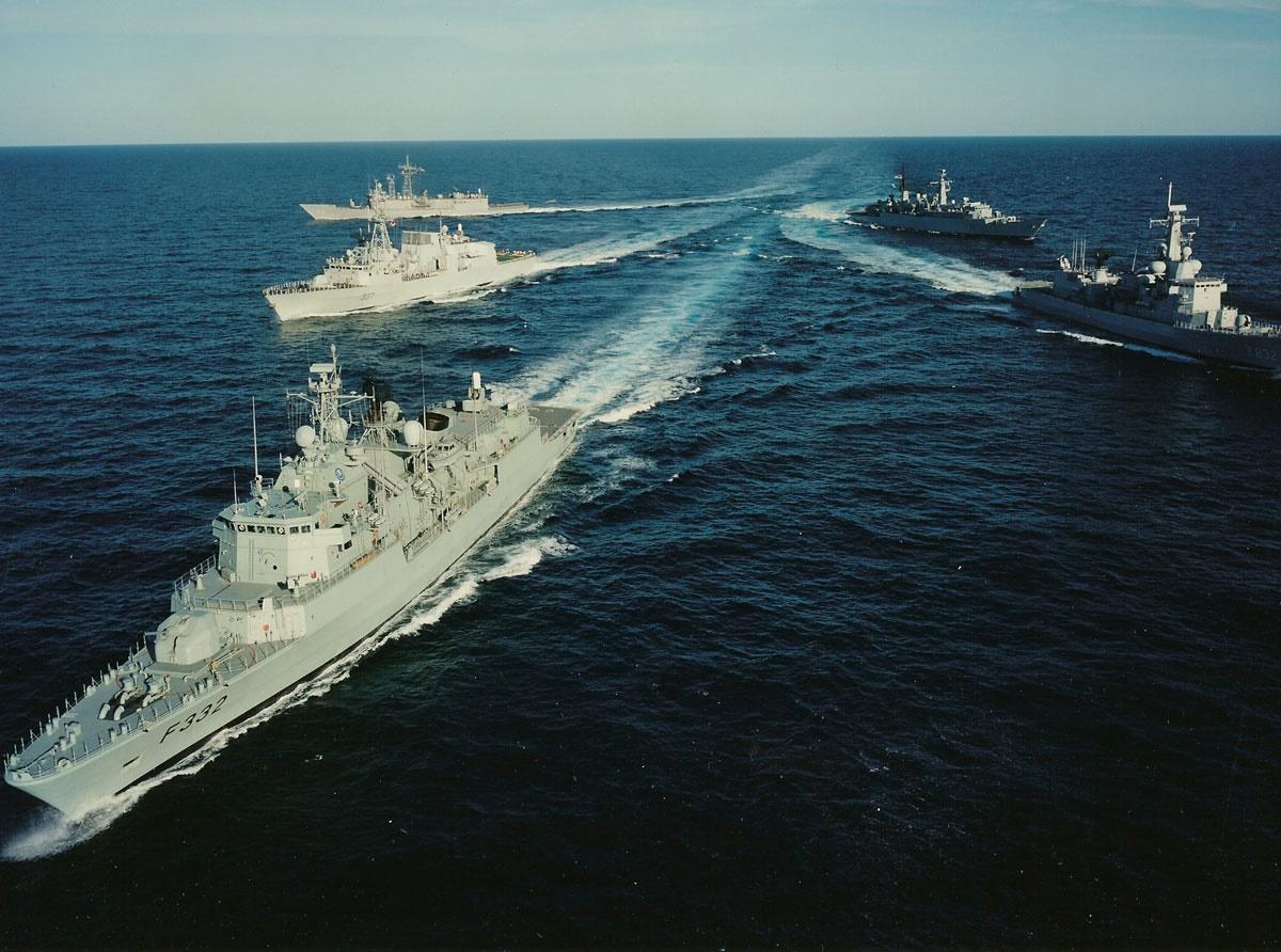 nato_war_ships_030914