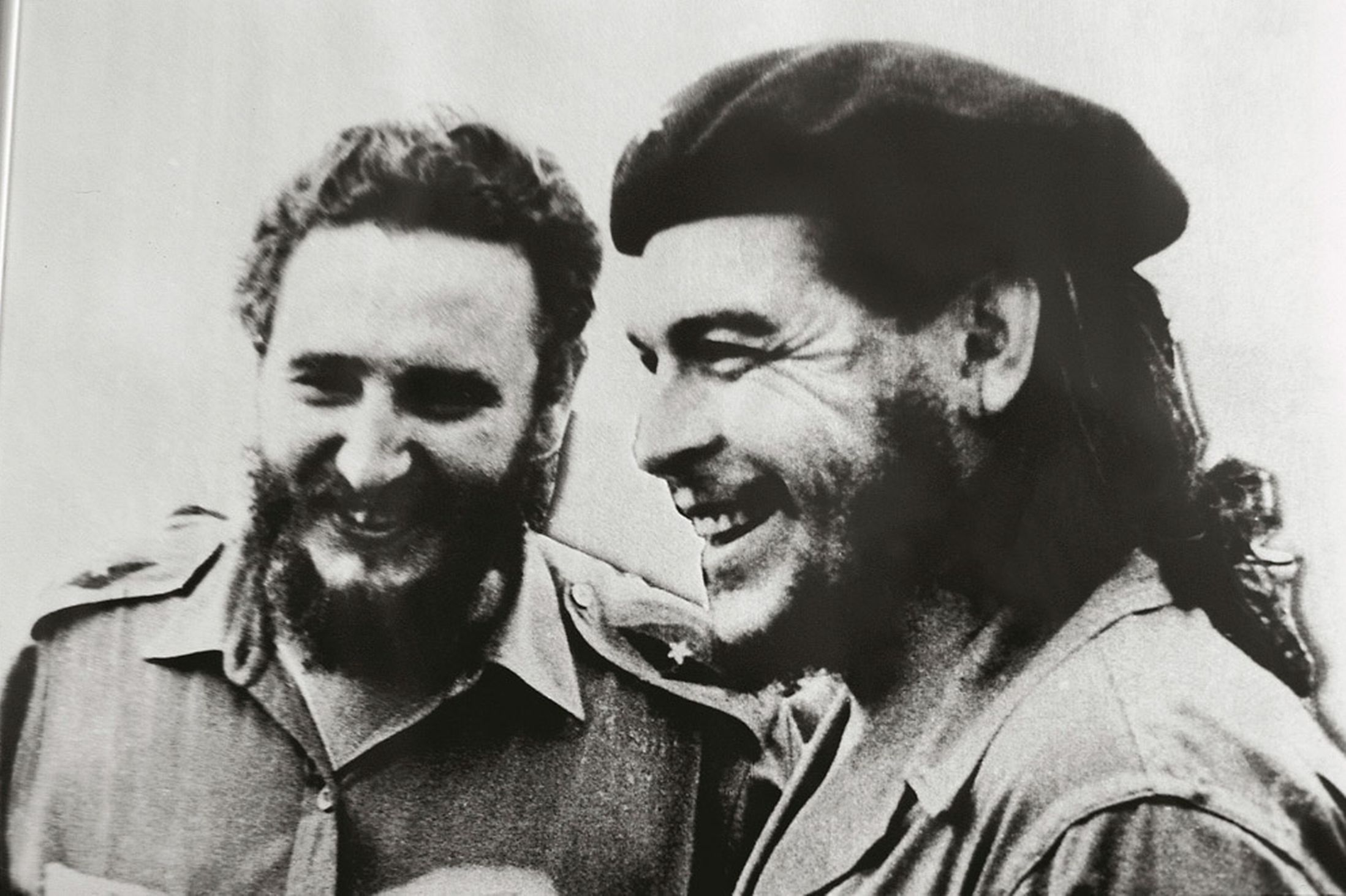 Pinterest-Castro-and-Che-Guevara