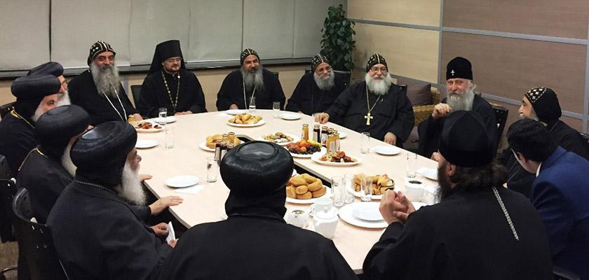 v-rossiyu-pribyla-delegaciya-predstavitelej-monashestva-koptskoj-cerkvi