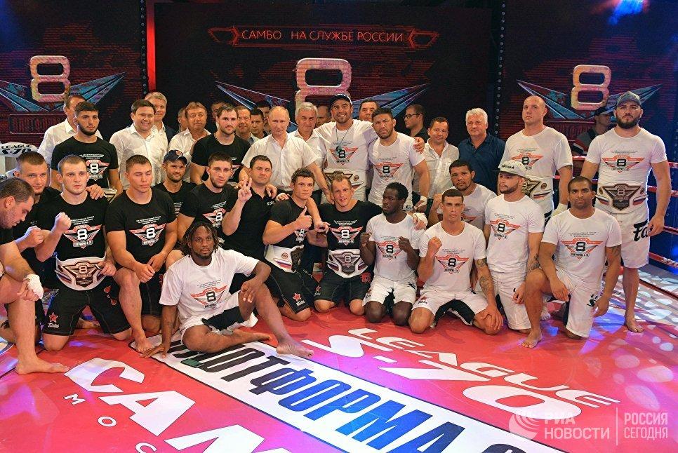 """Международный турнир по профессиональному боевому самбо """"Плотформа S-70"""" проводится с 2011 года."""