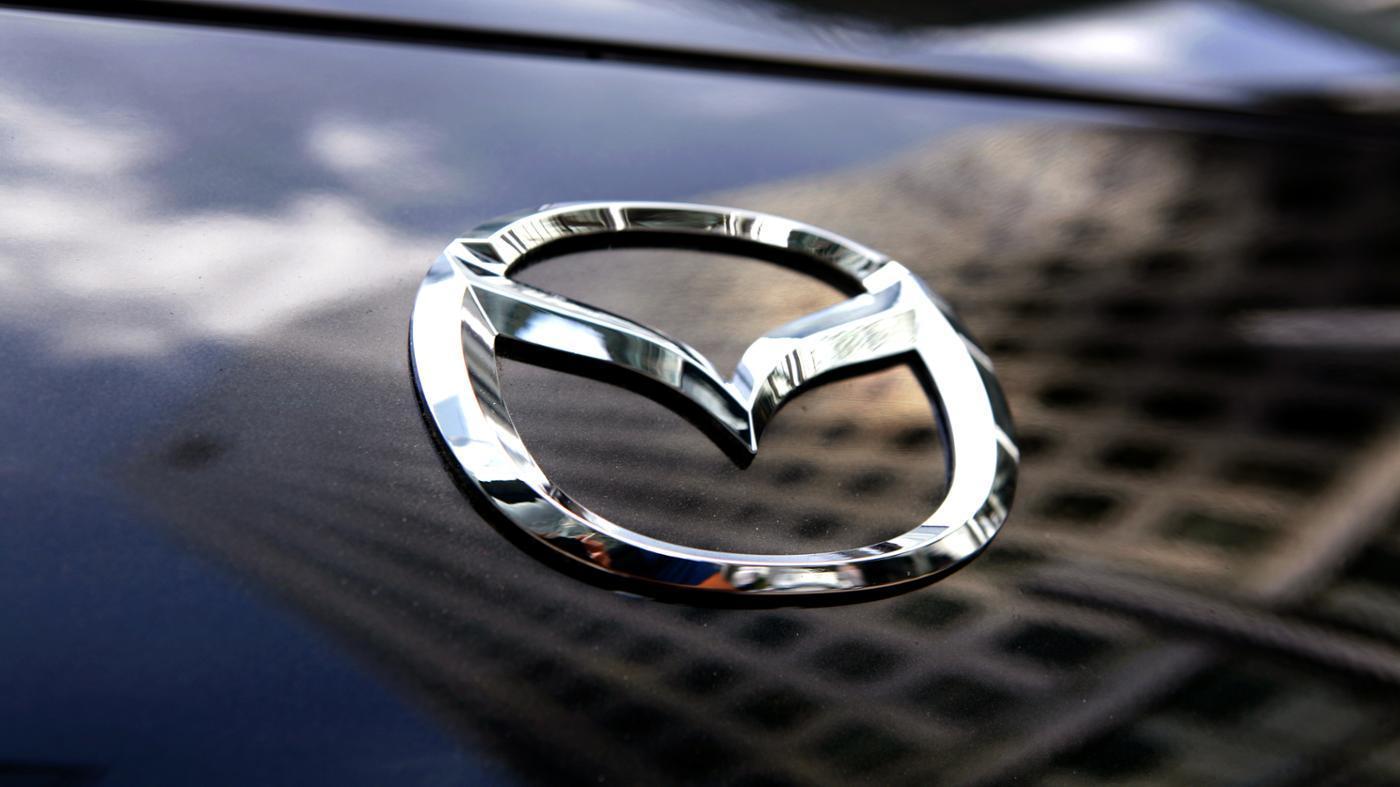 Компания Mazda отзывает 2,2 млн автомобилей из-за дефекта задней двери -  Russia Now